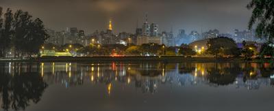 Série São Paulo - Panorâmica Skyline Noturna vista do Ibirapuera