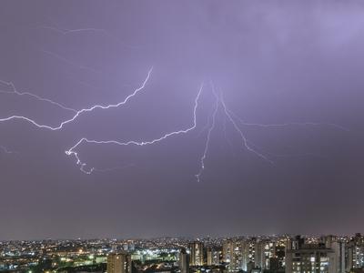 Série Raios - Noite de Tempestade II