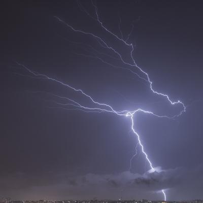 Série Raios - Noites de Tempestade IV