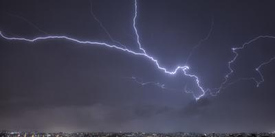 Série Raios - Noites de Tempestade V
