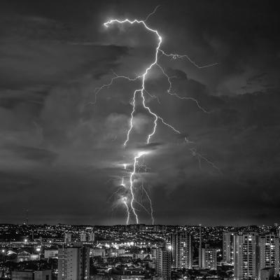 Série Raios - Noite de Tempestade IX - PB