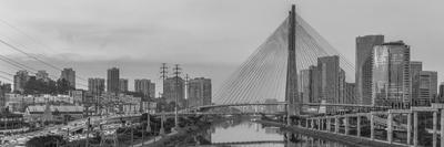Série São Paulo - Panorâmica da Ponte Estaiada sobre o Rio Pinheiros - PB