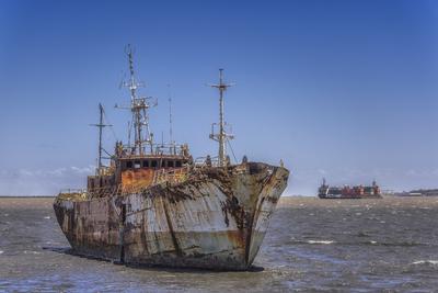 Navio abandonado em ruínas, Montevideo, Uruguai