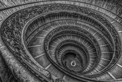 Série Degraus - Escada do Museu do Vaticano - PB