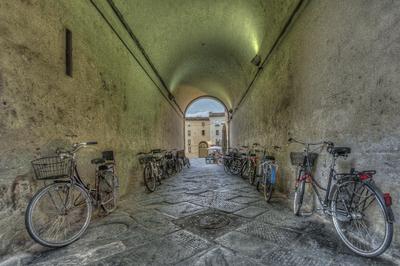Série Toscana - Lucca Estacionamento coberto