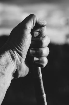 Mão de um viajante