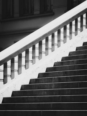 escadaria p&b