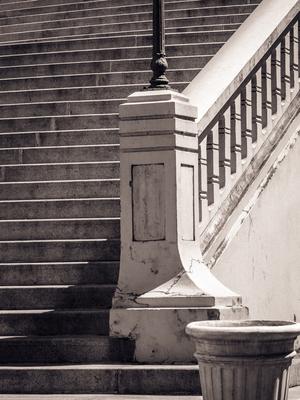 o vaso e a escadaria