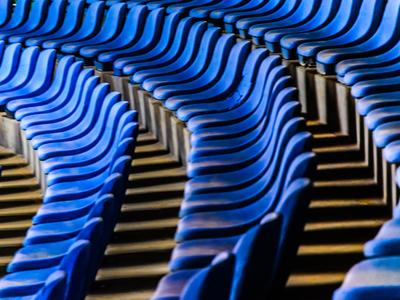 cadeiras azuis