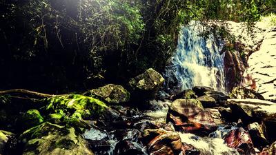 O romantismo da cachoeira