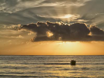Pôr-do-sol em Cumuruxatiba II