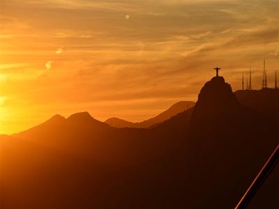 Sol e Cristo Reis
