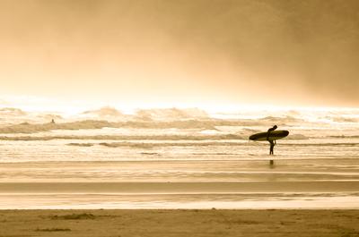 O surfista solitário 01