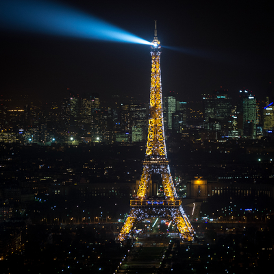 Torre Eiffel noturna