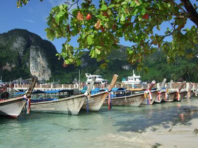 Barcos de Phi Phi Island
